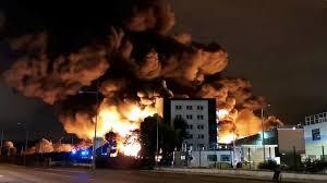 incendio impianto chimico